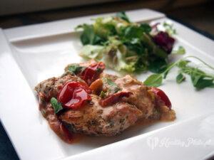 healthyplate-indyk_w_sosie_jogurtowo_pomidorowym