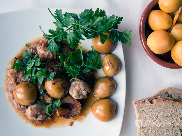 healthyplate-krewetki_w_sosie_pomidorowym_z_daktylami01