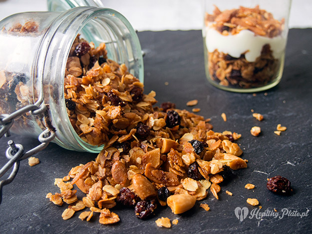 granola_healthy_plate_H