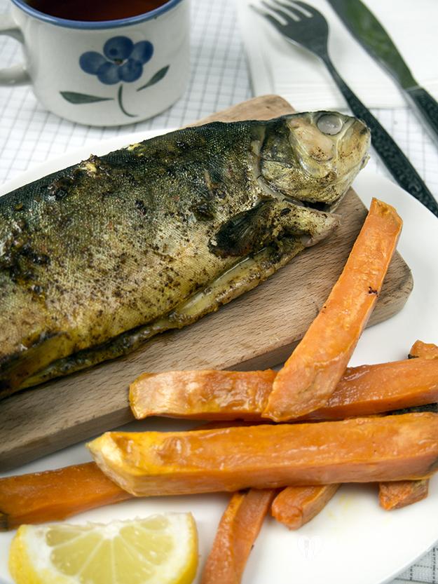 ryba z cynamomnem i kminkiem