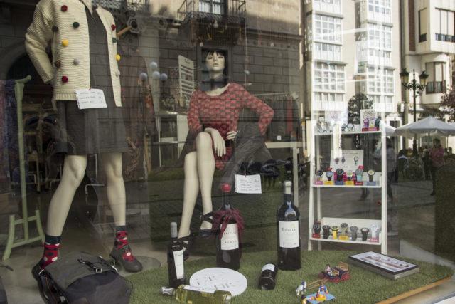 Rioja - wystawa sklepowa w Logroño